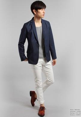 ネイビージャケットグレーシャツ